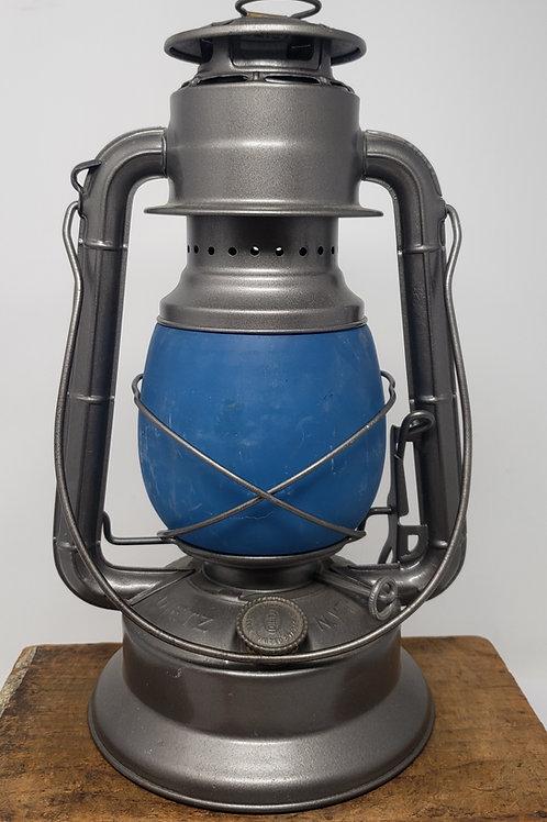 Dietz Little Wizard with prototype globe