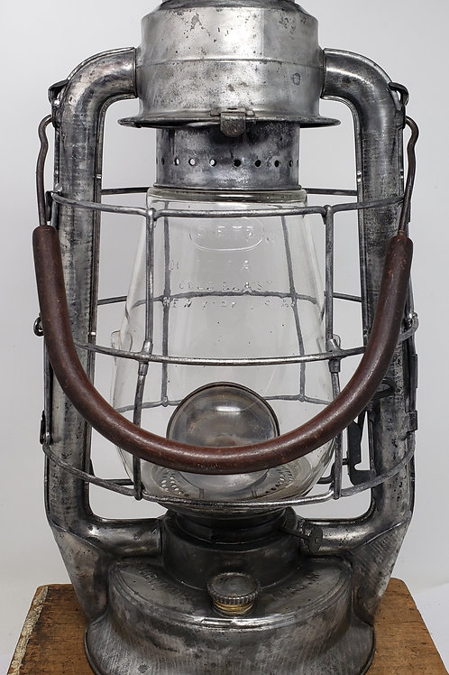 Dietz Blizzard No.2 Mill lantern