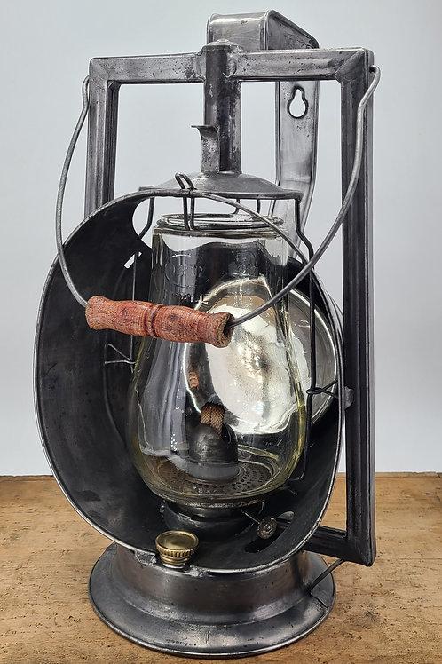 Dietz Acme Inspector lantern ( Fitall globe )