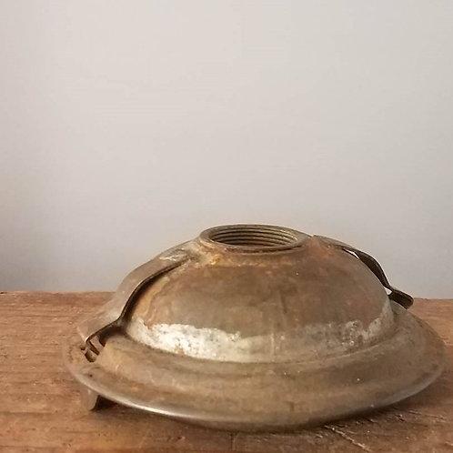 Tin sangster Fount (UFO shape)