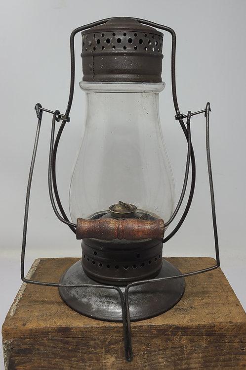 Ohio Lantern Co. No.1 parade model with tubular globe