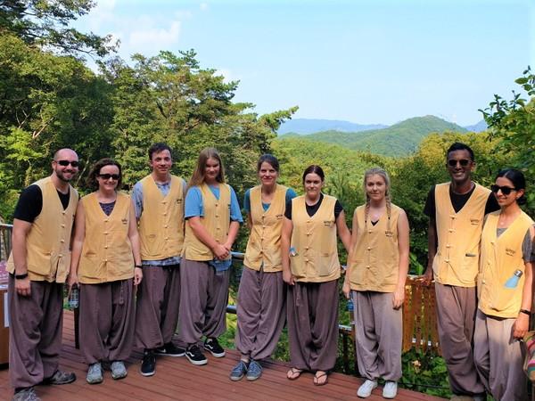 supertourkorea.corporateevents.buddhism4