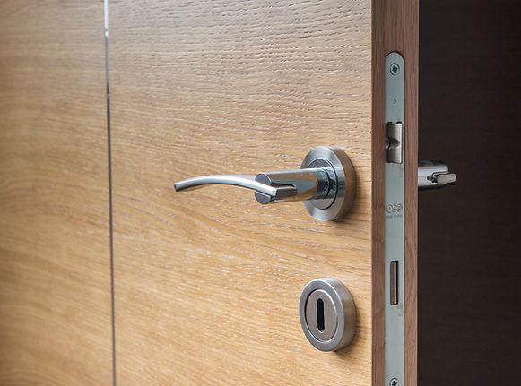 internal-door-fitting.jpg