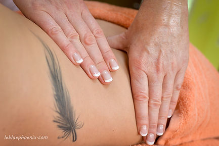 Le BluePhoenix massage Californien Grenoble by Fabienne