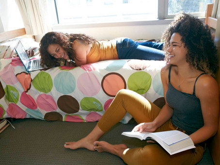 3 Tips & Tricks For A Great College Dorm Experience