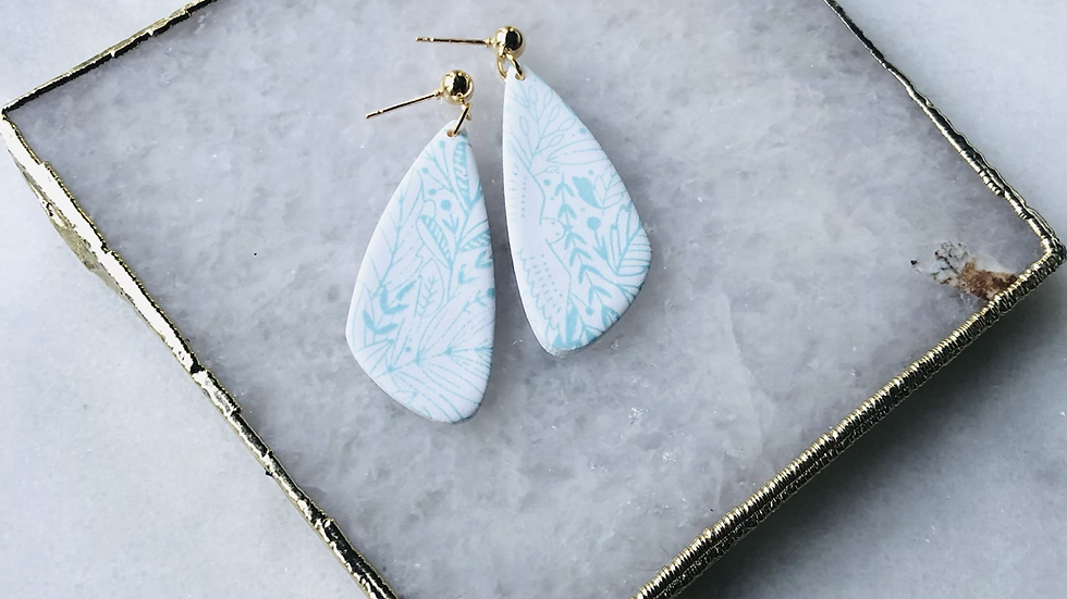 The Nina in White and Light Blue Floral
