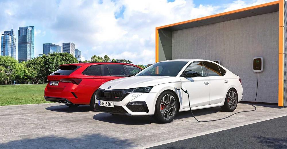 Skoda Octavia RS iV charging, Car, Auto, Automotive news, Trend, Vehicle