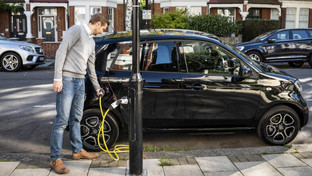ubitricity converting streetlamps into car chargers