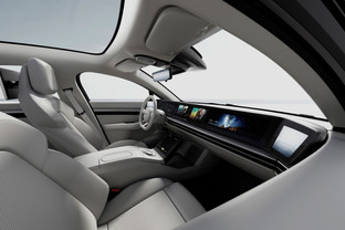 Sony moving from TV screens to cars
