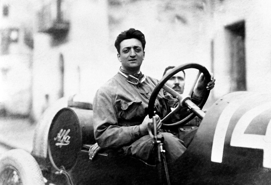 Young-Enzo-Ferrari-driving-Alpa-1024x701