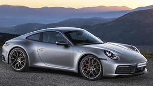2020 Porsche 911 Carrera 4S: technical specs and price comparison
