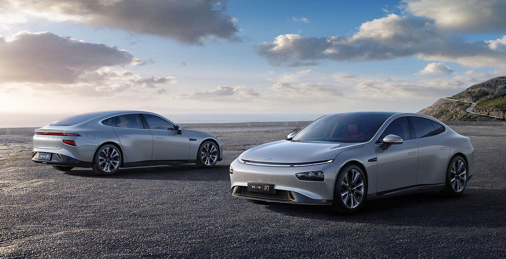 Xpeng P7 electric vehicle front and rear angle, automotive industry innovation and trends