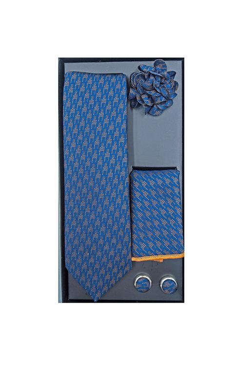 Галстук с платочком и булавкой