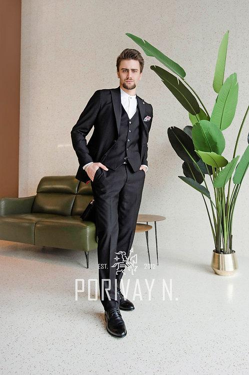 Черный классический костюм RICHIЕ