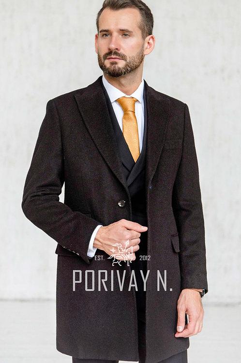 Темно-коричневое однотонное пальто