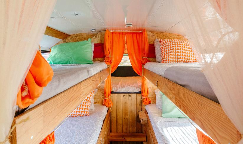 Conglobo-Bus-Hostel-Portugal-Space-3.jpg