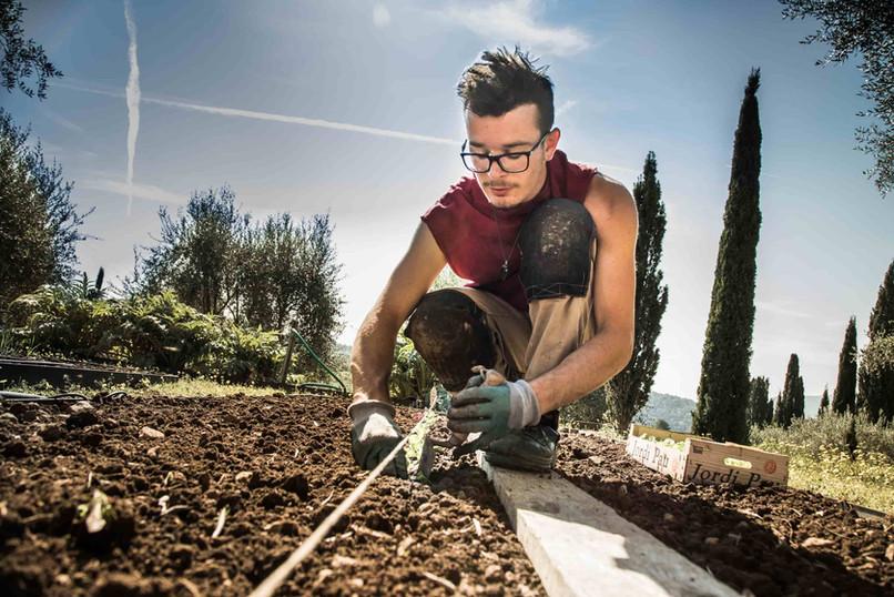Jardinier (1)-min.jpg