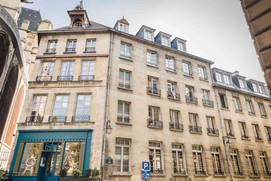 Maison de Paris (1)-min.jpg