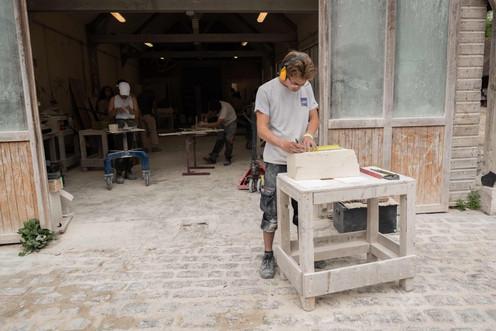 Apprentis tailleurs de pierre-min.JPG