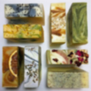 #naturalcolour #luxurysoap #luxurygifts #artisansoap #handcraftedsoaps #naturalsoap #dryskincare #so