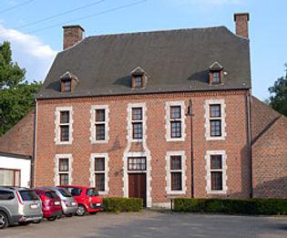 De historische pastorij van Houthalen-Centrum, zetel van de heemkundige kring De Klonkviool