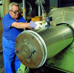 鐵扣式氣動鋼帶打包機CR 25