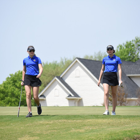 ICS Golf: Stubbs Sisters Earn Top 5 Finish at District