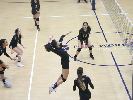 Lady Warriors Move to 2-1 in District