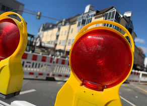 Weiter Vollsperrung Oberhöchstadter Straße/ Bärenkreuzung wegen Stromkabelschaden