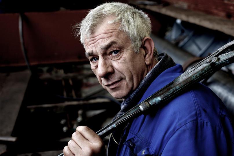 Volker ist seit 25 Jahren bei der Flint Werft.