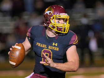 QB's career game leads Pearl River to Sophomore Night win