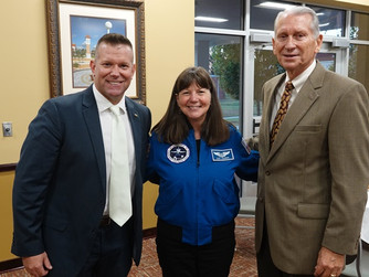 Astronaut encourages Pearl River Honors Institute shoot for the stars