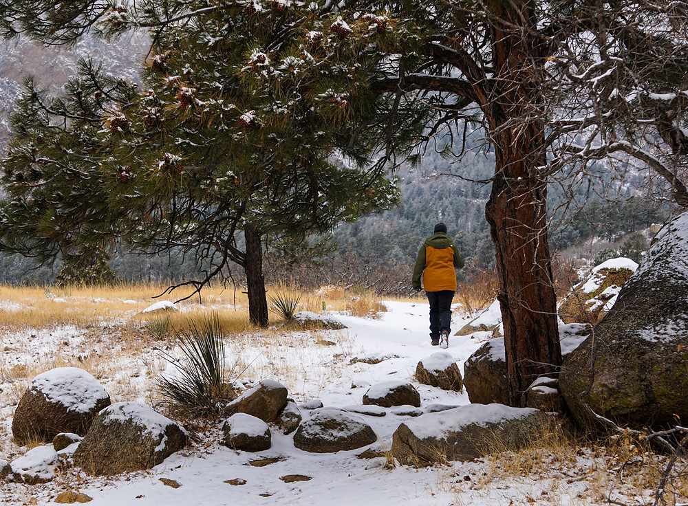 Hiking in snow at Cheyenne Mountain State Park