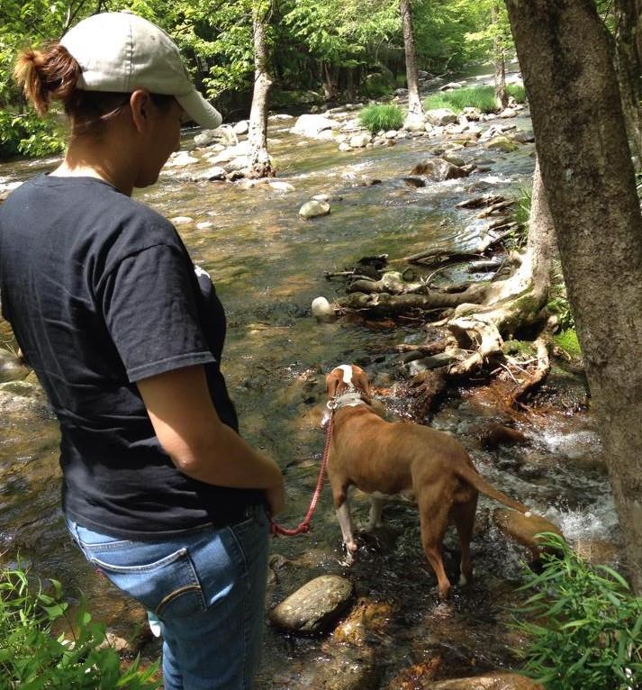 Woman hiking with Ankylosing Spondylitis