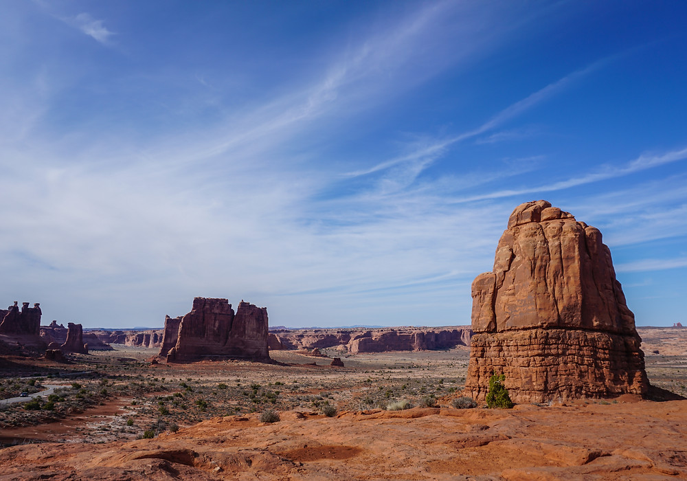 Courthouse Towers, Three Gossips, and other rock formations in Arches National Park