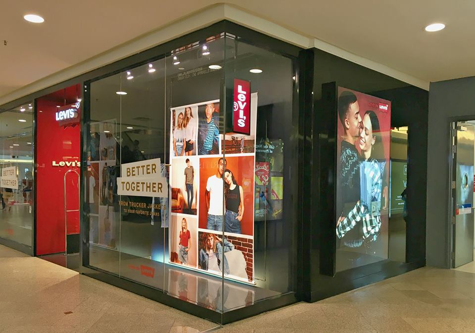 Levi's Window Display