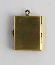 7019-PL Box Locket