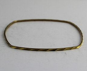 Square Shaped Bangle with Pattern 31