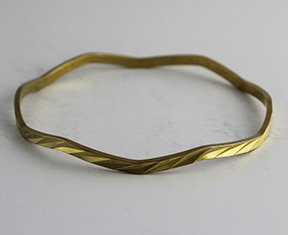 Wave Shaped Bangles with Pattern 30