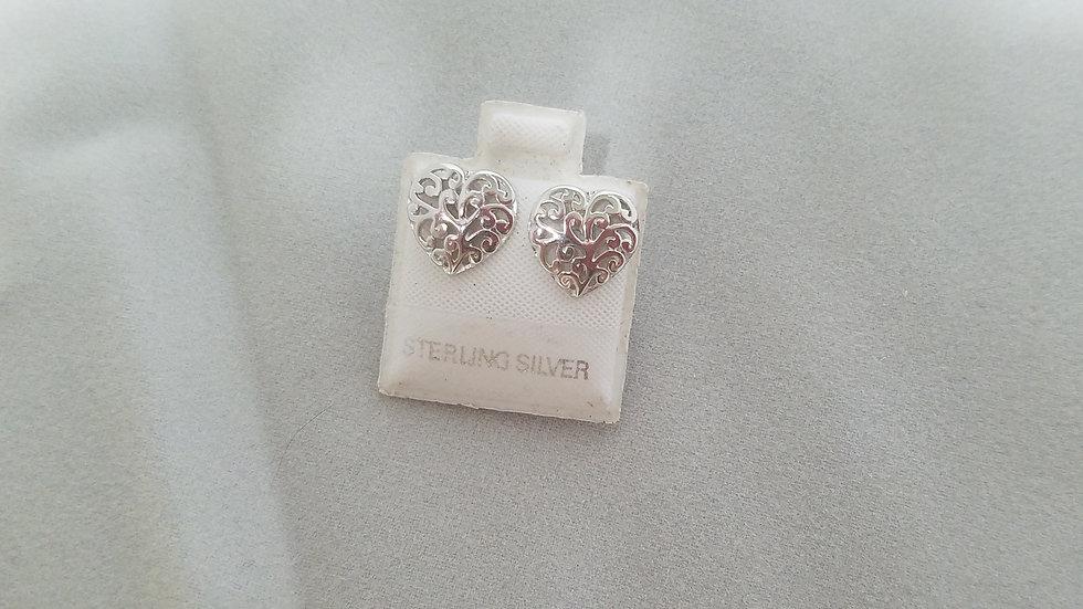 Filigree heart stud earrings