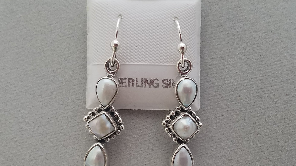 Triple pearl bezel dangling earrings