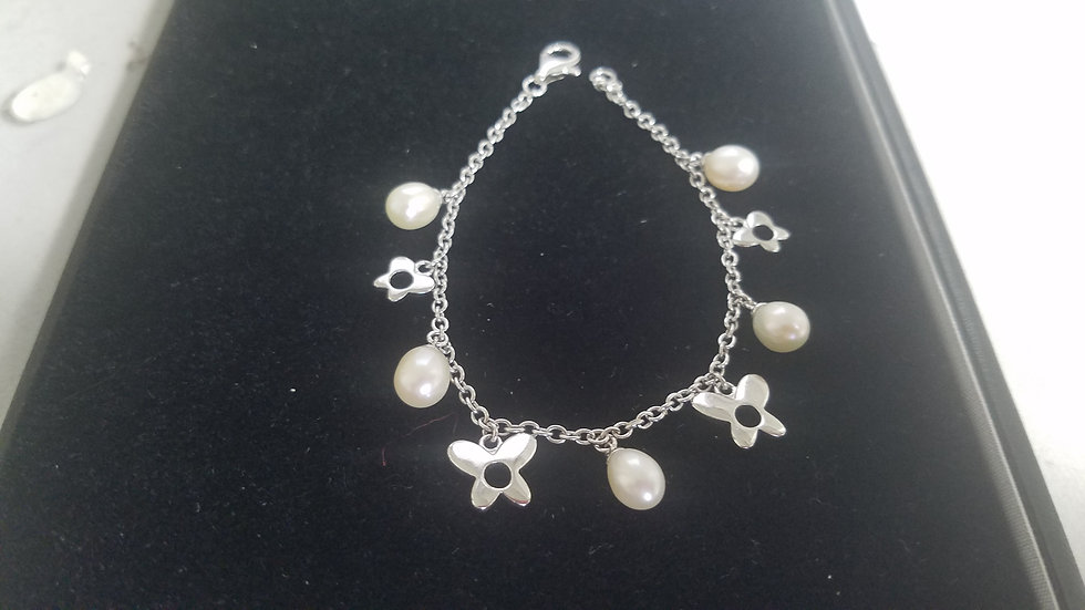 Pearl and butterfly silver bracelet