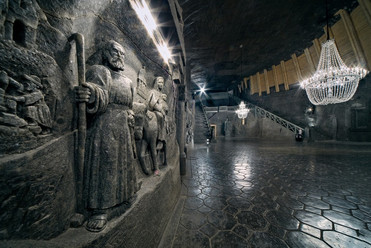 the-biggest-underground-chapel-in-the-wo