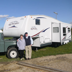 Happy with their pre-owned 5th wheel