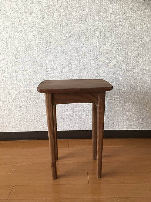 muniwood-nighttable-bedroom-サイドテーブル