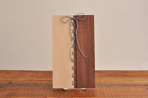 刺繡トレイ/ウォールナット材×メープル×ブルー糸/コースター/ランチョンマット