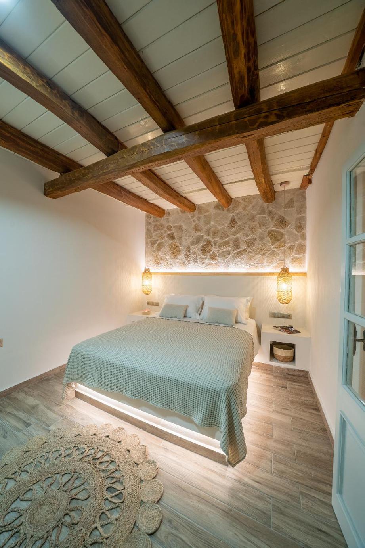 Logara residence 2