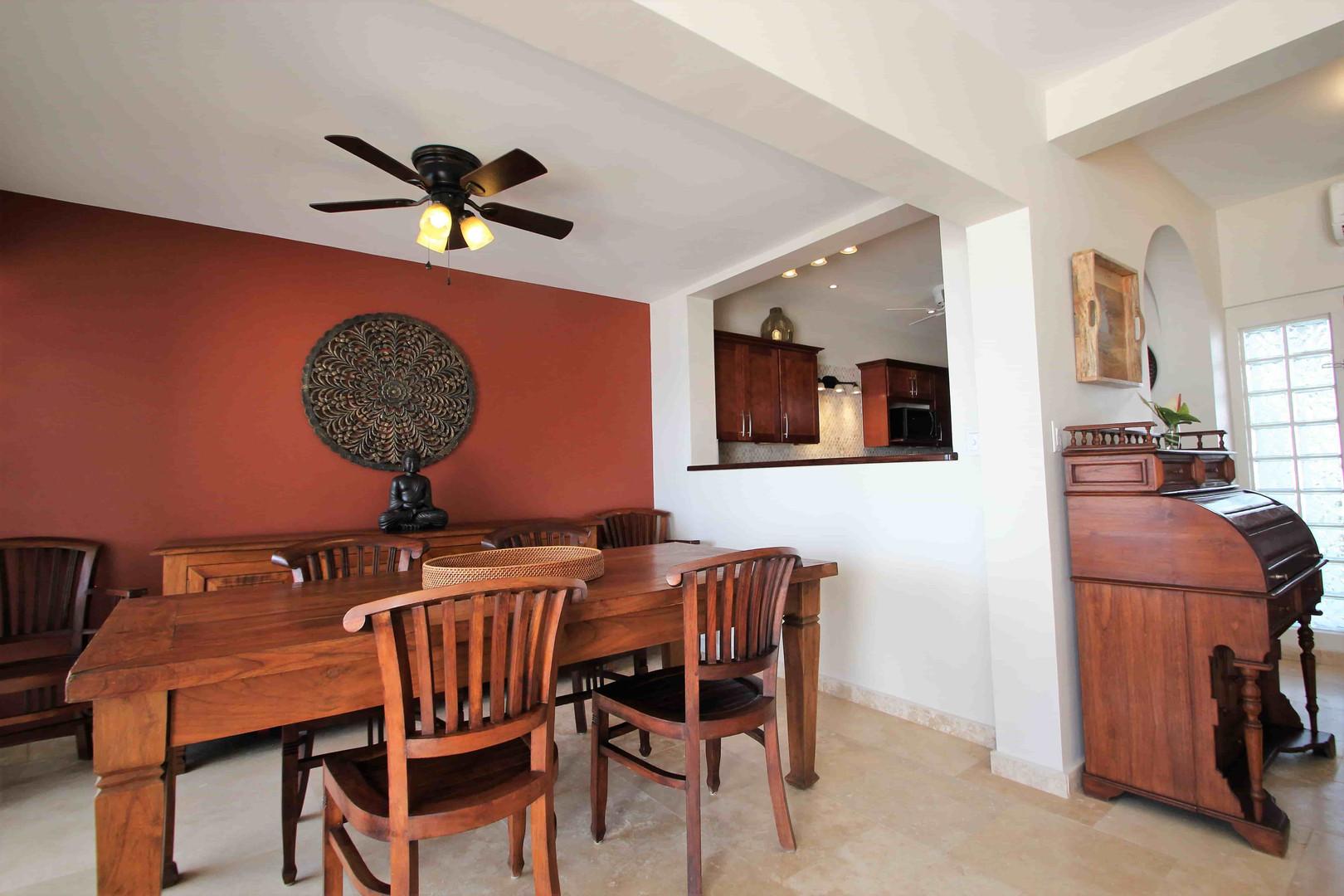 Villa Velaire Dining Room LR.JPG
