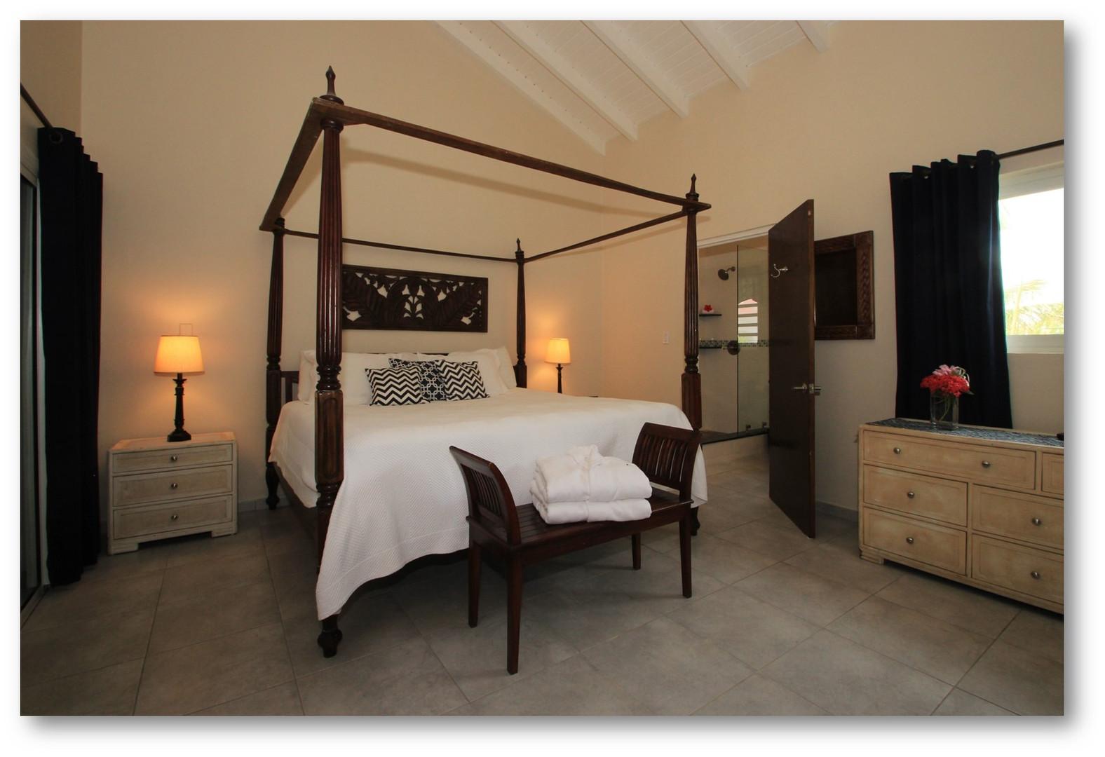 Villa Velaire Bedroom 2