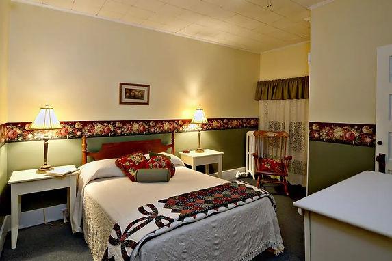The Fullerton Inn Vt Room 26
